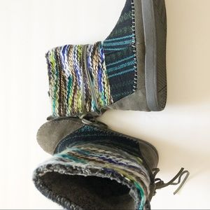 Toms Nepal Woman's Boots size 6.5